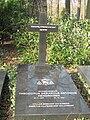 Grave Theo Hendriksen full.JPG