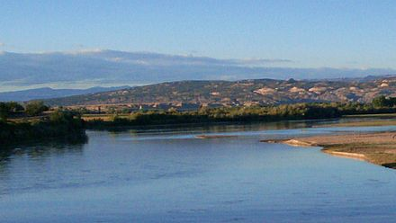 The Green River runs north to south from Wyoming, briefly through Colorado, and converges with the Colorado River in southeastern Utah. Green River, eastern Utah.jpg