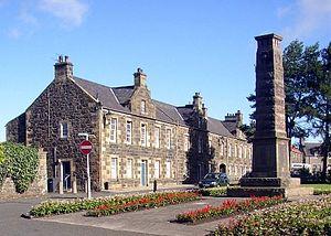 Leslie, Fife - Image: Green War Memorial 3