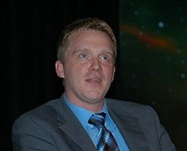 Anthony Michael Hall in 2004