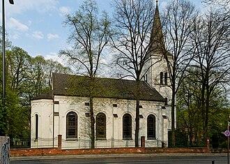 Düsseldorf-Gerresheim - Image: Gustav Adolf Kirche in Duesseldorf Gerresheim, von Westen