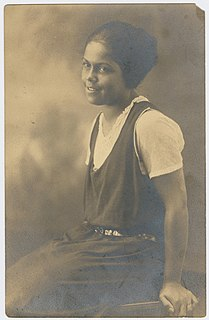 Gwendolyn B. Bennett American writer and journalist