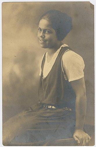 Gwendolyn B. Bennett - Photograph of Gwendolyn Bennett in the 1920's