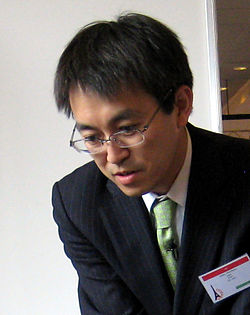 Habu at ISF 2011 02.JPG