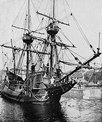 Henry Hudson - Replica of Henry Hudson's ship Halve Maen, donated in 1909 by the Dutch to the United States on the occasion of the 300-year anniversary of the discovery of what is now New York