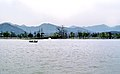 Hangzhou, Lago del Oeste 1978 06.jpg