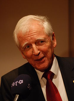 Harald zur Hausen-press conference Dec 06th, 2008-9.jpg