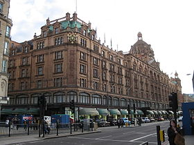 Le grand magasin Harrods.