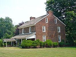 Gabreil Daveis Tavern House