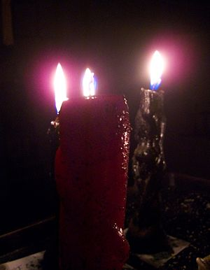 Hoodoo (folk magic) - A Hoodoo candle