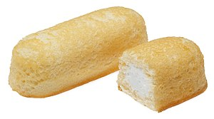 English: Hostess Twinkies. Yellow snack cake w...