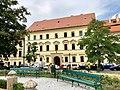 Hradčanské Náměstí, Hradčany, Praha, Hlavní Město Praha, Česká Republika (48790794101).jpg