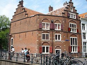 Huis aan de drie grachten wikipedia - Huis van de wereld vaas ...