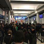 Inside terminal 5 at -ord (32540987216).jpg