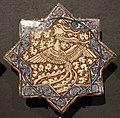 Iran, mattonelle stellate con animali, 1250-1300 ca. fenice.JPG