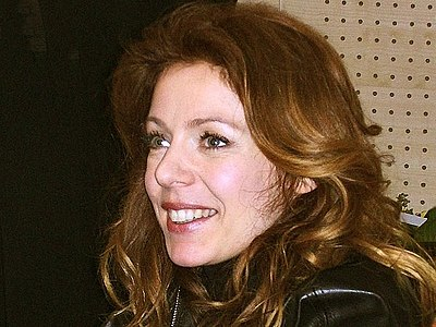 Picture of a band or musician: Isabelle Boulay