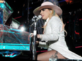 Joanne World Tour (37188540521).png
