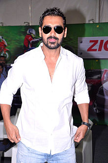 John Abraham at the Mumbai International Motor Show 2013.jpg