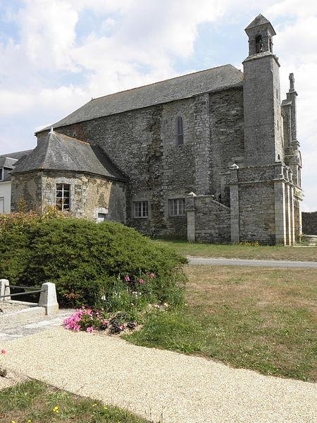 Église Saint-Martin de Josselin (56). Flanc ouest.