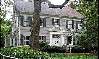 Ben Franklin Academy - Image: Junior House
