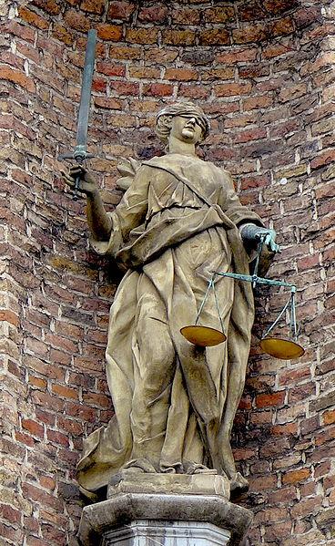 Юстиция. Старая ратуша, Дюссельдорф.