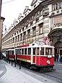 Křižovnická, historická tramvaj u Klementina (01).jpg