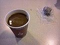 Kaffe og Delicato-bolle (5833095767).jpg