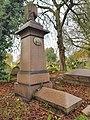 Kensal Green Cemetery 20191124 130521 (49117434943).jpg
