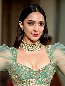 Kiara Advani walks for Shyamal-Bhumika at India Couture Week 2018 Day 4 (03) (cropped).jpg