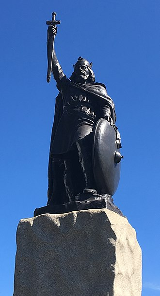 Winchester - Hamo Thornycroft's statue of King Alfred the Great in Winchester.