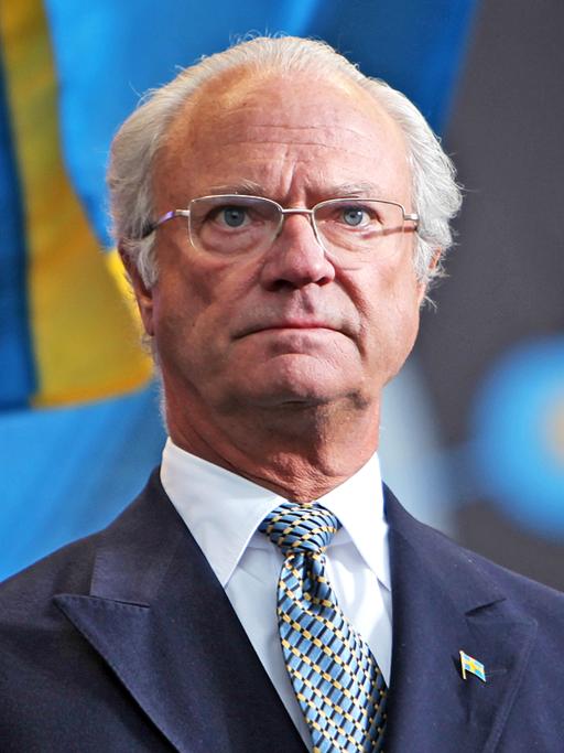 King Carl XVI Gustaf at National Day 2009 Cropped