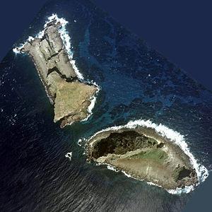 String of Pearls (Indian Ocean) - Two of the disputed Senkaku/Diaoyu islets – Kitakojima/Beixiaodao (left) and Minamikojima/Nanxiaodao (right)