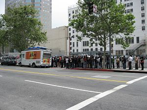 Kogi Korean BBQ - A line forms for the Kogi truck