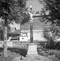Križ na pokopališču v Šmihelu 1957 (2).jpg