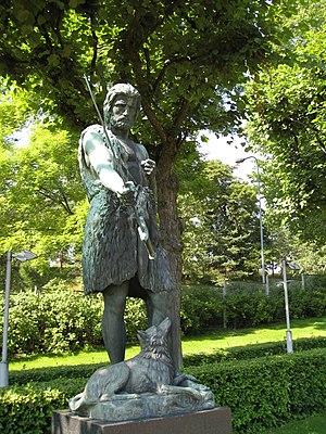English: Statue Kullervo puhuu miekalleen in H...