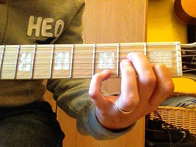 LAm7 accordo chitarra con 7a doppia Am7 with double 7th chord guitar