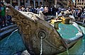 La Barcaccia del Bernini - panoramio.jpg