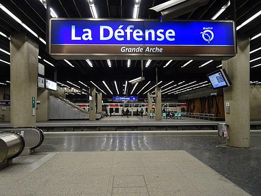 La Défense gare RER A