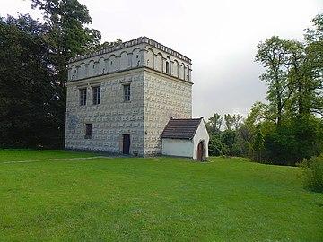 Lamus - pałac obronny Branice k. Krakowa 2019 kkuba1.jpg