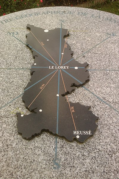 Fr:Le Lorey, centre géographique de la Manche