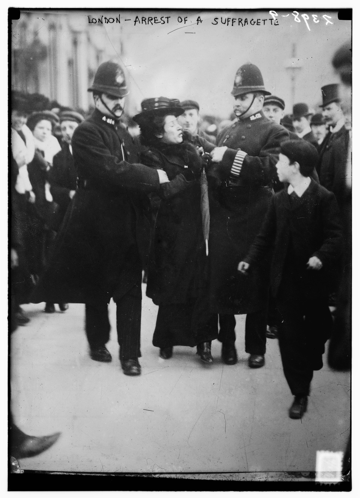 London - arrest of a suffragette.tif