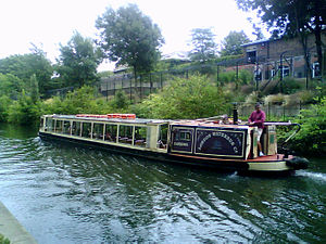 Transport on the Regent's Canal - Image: London waterbus