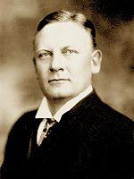 Luther Egbert Hall - Gouverneur von Louisiana.jpg