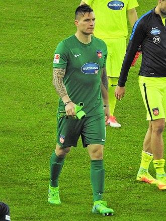Kevin Müller (footballer) - Müller with 1. FC Heidenheim in 2017