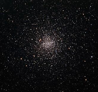 Messier 4 - Image: M4 globular star cluster in 32 inch Schulman telescope