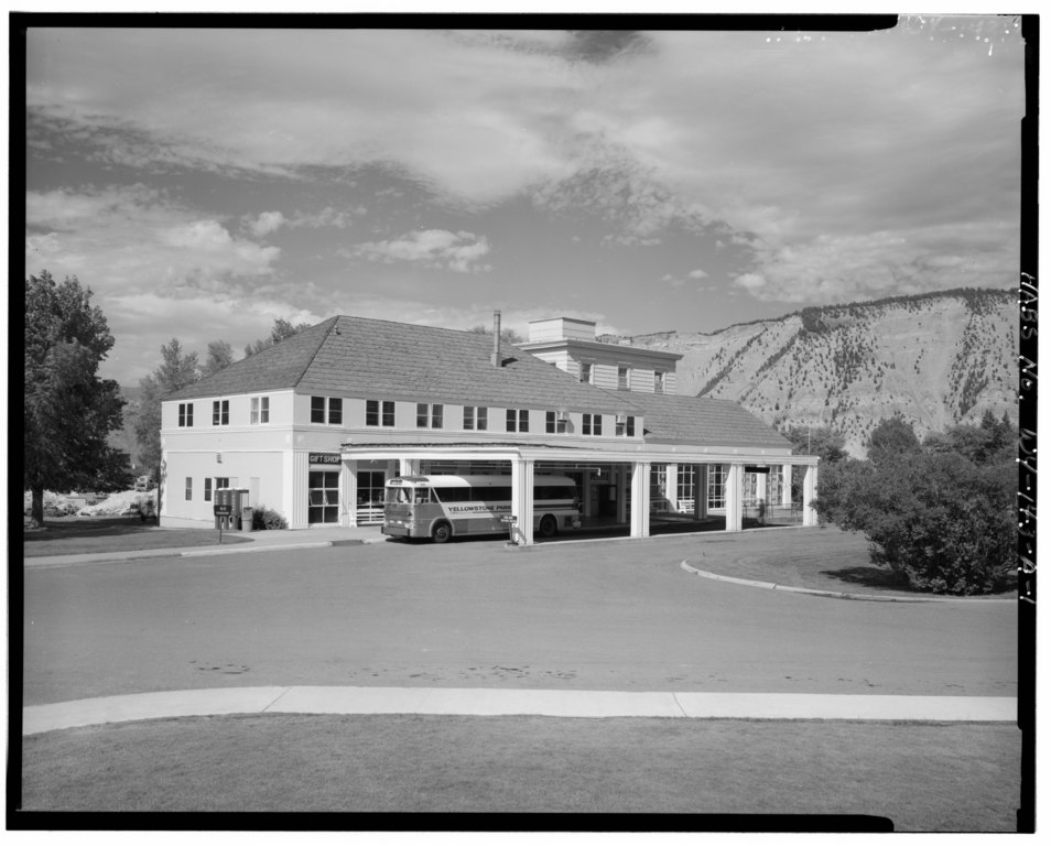 File Main Entrance View Northeast Mammoth Motor Inn