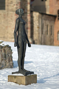 Magdeburg Skulpturenpark 2629 crop.jpg