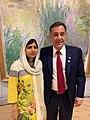 Malala con Finocchiaro.jpg