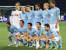 Il Malmö prima della partita contro il Metalist Kharkiv nell'Europa League 2011-12