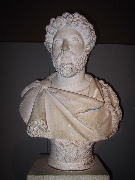 الامبراطور الفيلسوف ماركوس اوريليوس 450px-Marcus_Aurelius_%28bust%29